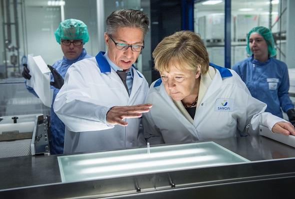 Angela Merkel zu Gast bei  Sanofi
