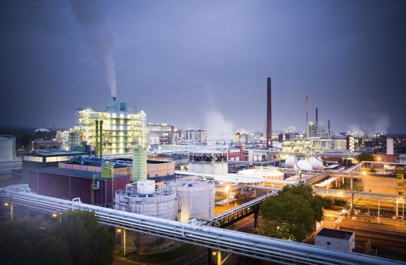 Bild: Stabiles Investitionsniveau im Industriepark Höchst